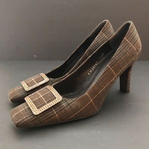 Stuart Weitzman Wool plaid jewel buckle pumps 8.5